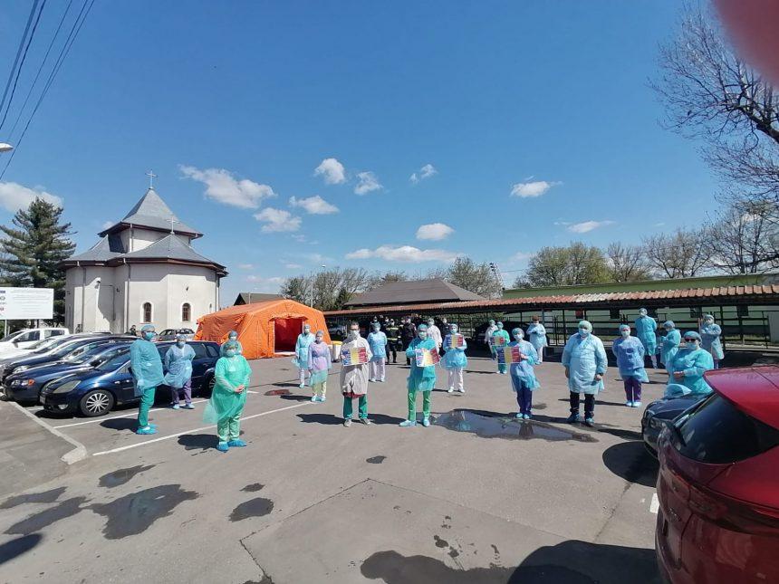 """Instruire echipare-dezechipare a personalul Spitalul Municipal Onesti """"Sfântul Ierarh Dr. Luca"""" cu ISU-SMURD"""